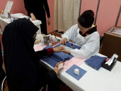 HALAL NAIL TOKYO at Halal Expo Japan 2017 attracted Muslimahs